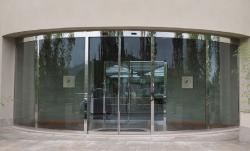 درب برقی شیشه ای گرد